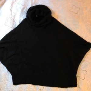 AVENUE Poncho Sweater